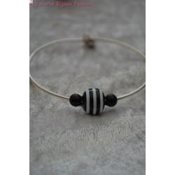 Bracelet perle noire et blanche