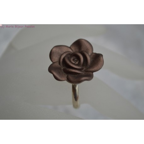 Bague fleur taupe