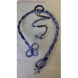 Bracelet en fil alu bleu et argent