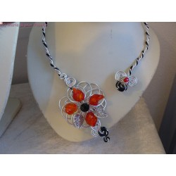 Collier fil alu perles rouges