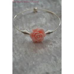Bracelet fleur rose pêche