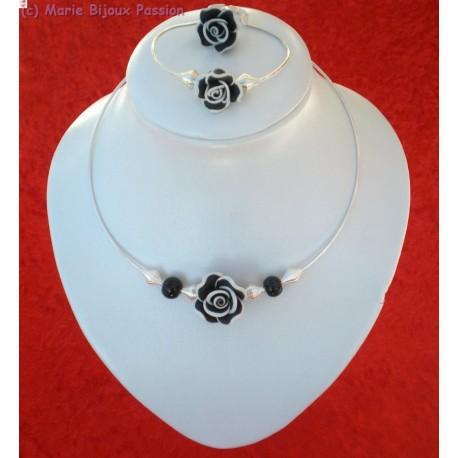 Collier rigide fleur noire et blanche